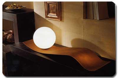 Lampada da terra lampada da tavolo lampada da parete for Lampada da terra per camera da letto