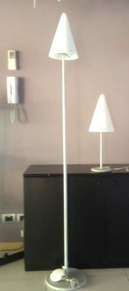 Lampada da terra Azimut T, sconto 50% - 1 pezzo disponibile