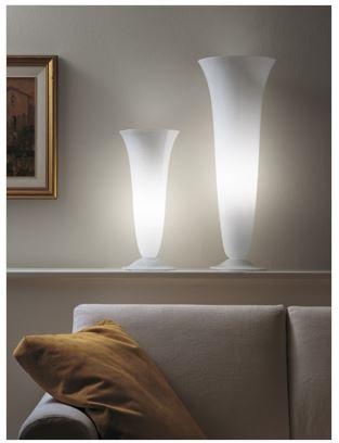 Goto di vistosi lampade da tavolo moderne in vetro soffiato for Oggettistica moderna on line
